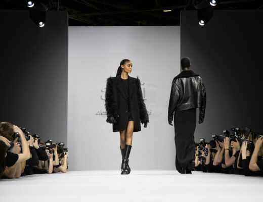 Look from AMI's Autumn-Winter 2021-2022 collection