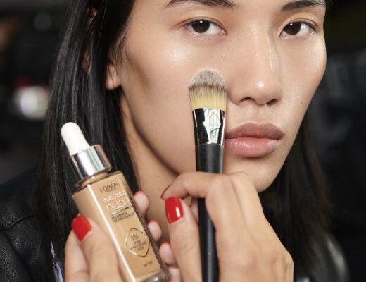 Beauty look with L'Oréal for Kenneth Ize SS 22 show